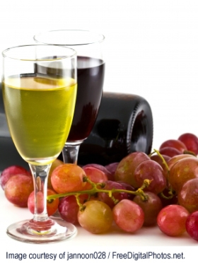 wine and grapes credit